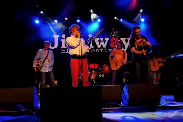 Click to view album: Jimiway2013